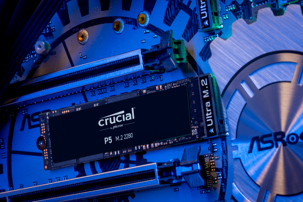 Crucial P5 2TB PCIe M.2 2280SS SSD- view 4