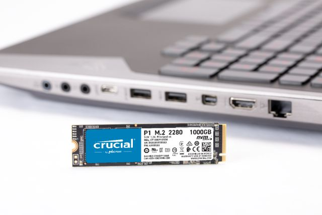 Crucial P1 500GB 3D NAND NVMe PCIe M.2 SSD- view 7